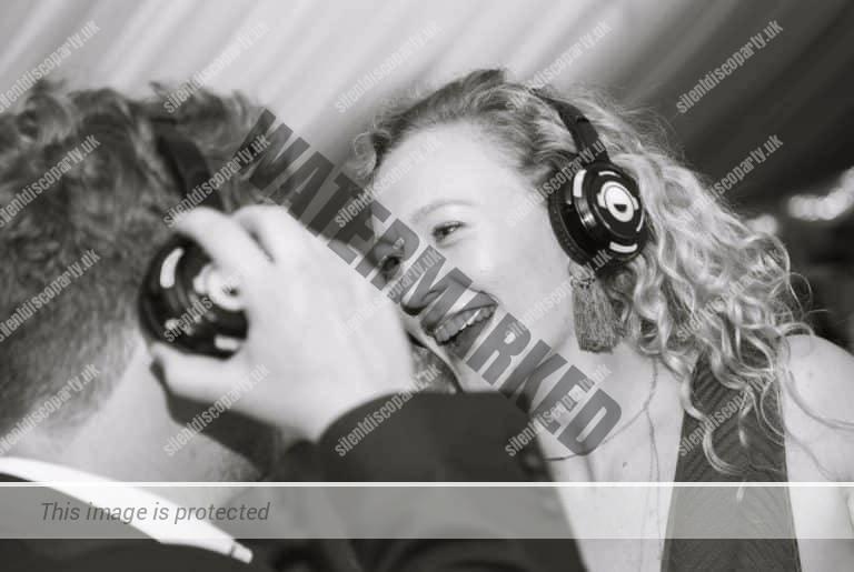 Silent Disco Hire Headphones, DJs & Equipment Disco Headphone & Equipment Rental (3)